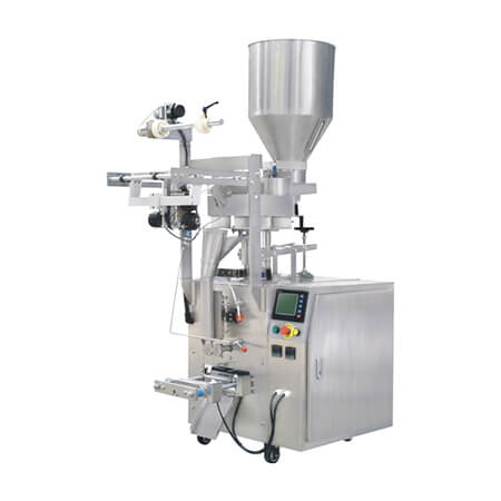 Small granule packing machine - by using film roll